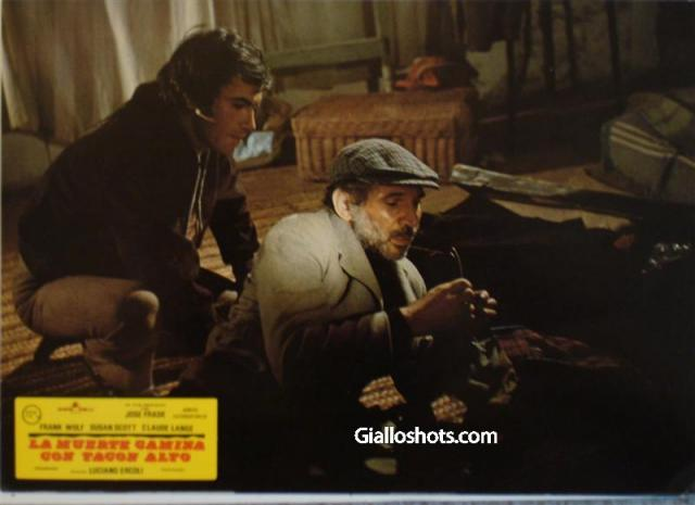 Death Walks in High Heels Spanish lobby card #8